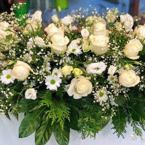 Centro flor fresca funeral Asclepio