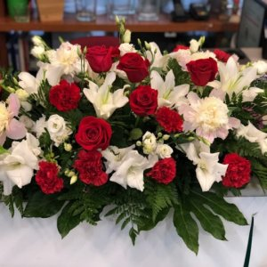 Centro flor fresca funeral Luciano