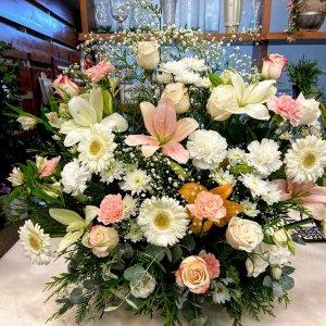 Centro flor fresca funeral Atenea