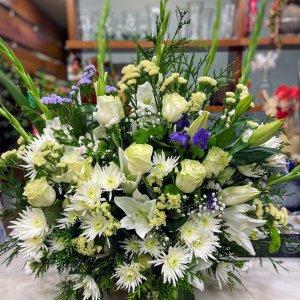 Centro flor fresca funeral Anfitridi