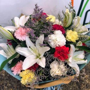 Ramo flor variado Sacha